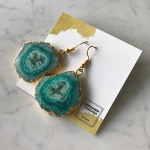 Jewelry - Green Stone with Gold Trim Earrings